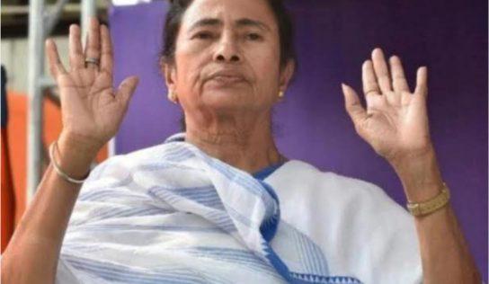 चिंताग्रस्त ममता बिथरल्या; भाजपच्या महिला नेत्यावर तृणमूलचा भर रस्त्यात हल्ला
