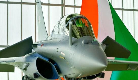 WATCH   शत्रूच्या छातीत धडकी भरवणारी आणखी 3 राफेल विमानं हवाई दलात दाखल