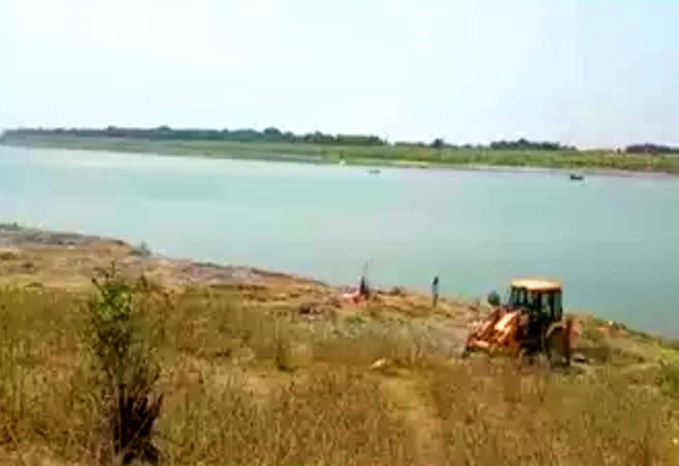 40 to 50 Dead bodies Float In Ganga River At Buxar, Administration On Alert After Video Viral
