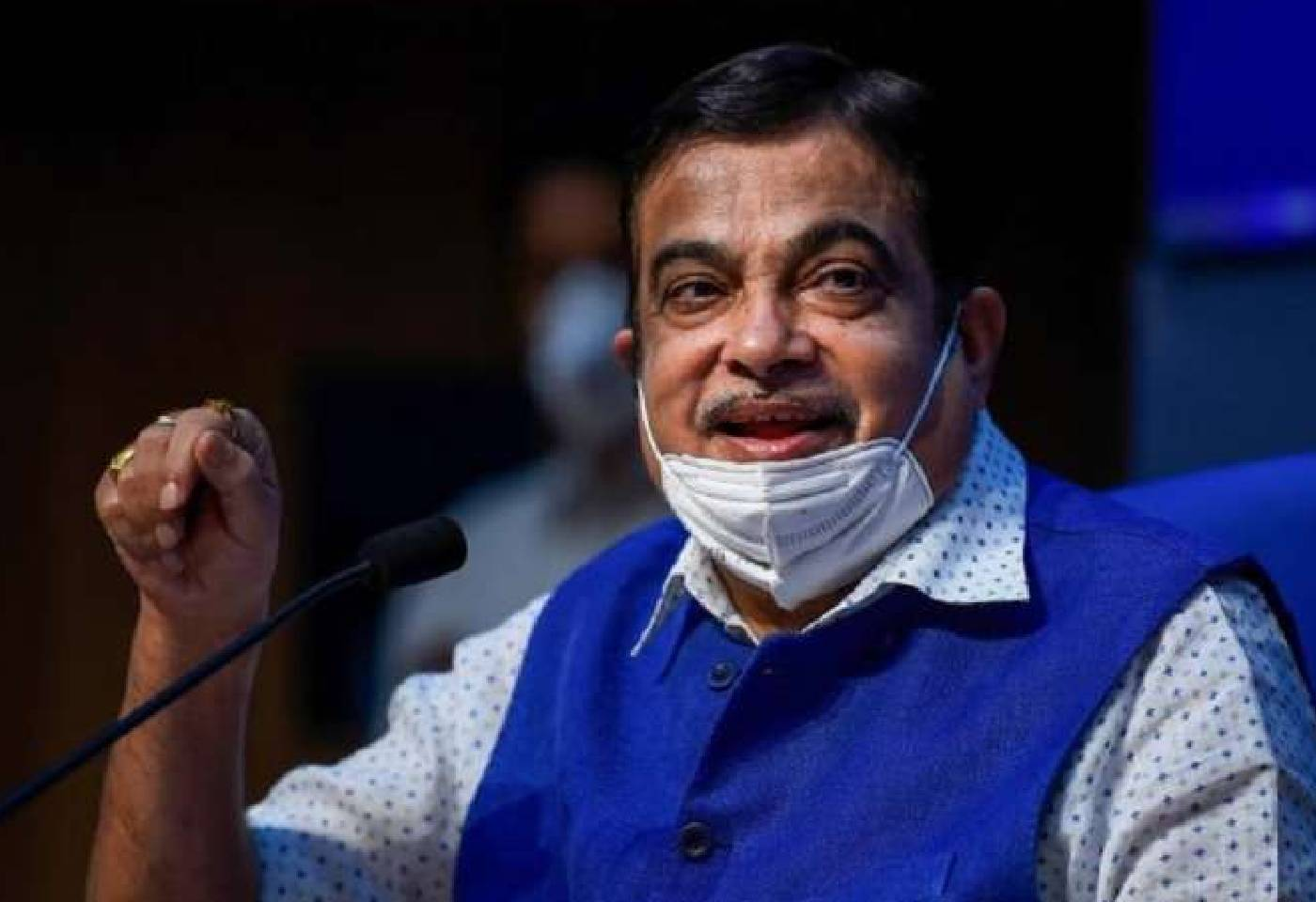 Nitin Gadkari Suggest Covid 19 Vaccine Manufactures Should Permit other domestic companies To Produce Vaccines