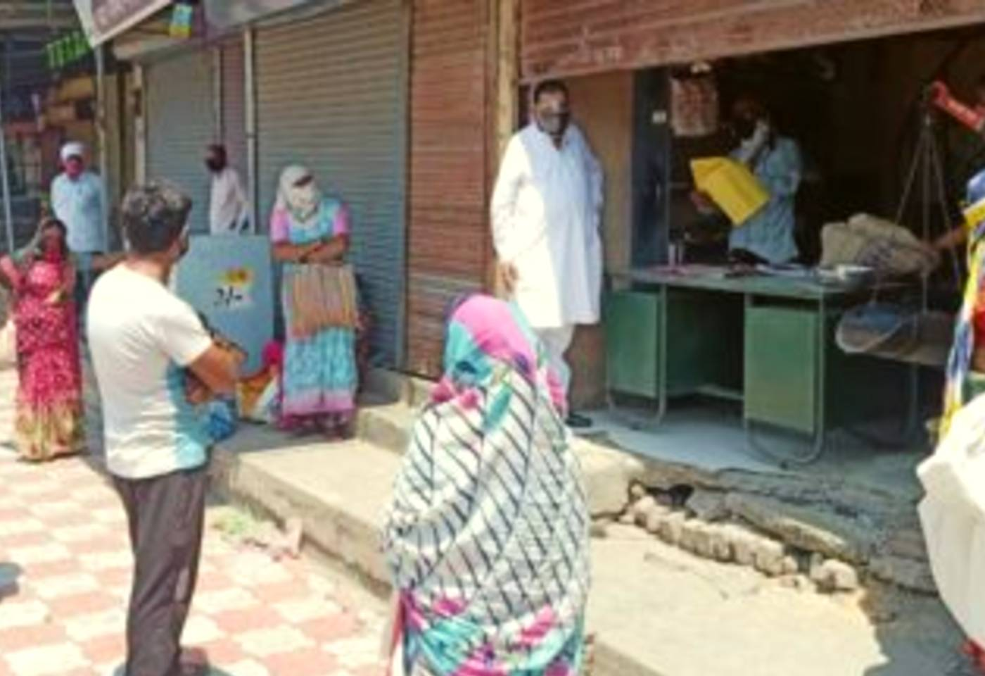 Central Govt Advisory To States To Keep Ration Shops Open All Days to Ensure Free Rations To poor