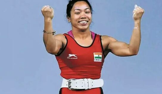 Mirabai Chanu Profile : ऑलिम्पिक सिल्व्हर जिंकणाऱ्या मीराबाईची कहाणी, वेटलिफ्टिंगमध्ये वयाच्या 11व्या वर्षांपासून घेतेय मेहनत