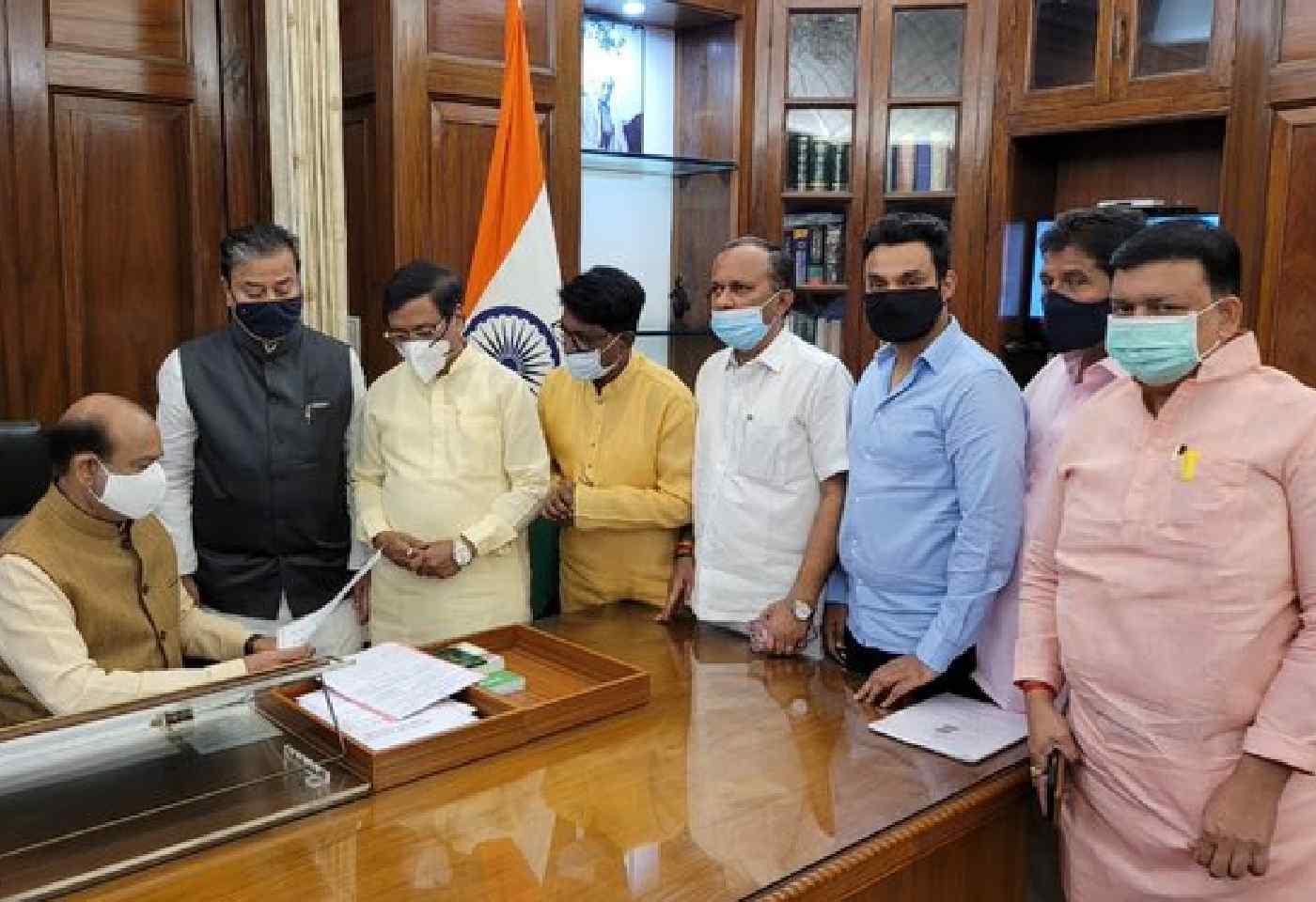 Monsoon Session Shiv Sena MP Demands JPC investigation to Lok Sabha Speaker Om Birla